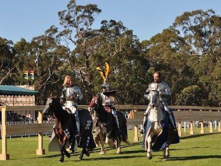 nsm_stives_knights_riding