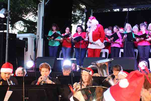 carols-in-willoughby-park