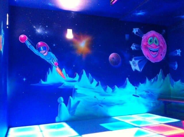 website-disco-floor-and-artwork-photo-11