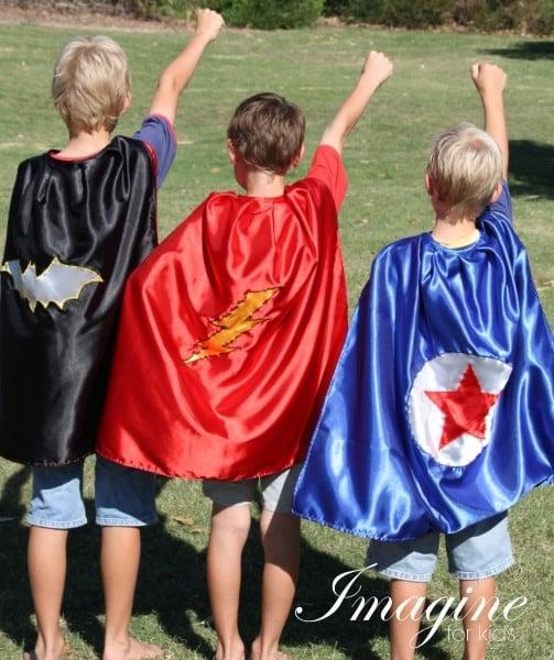Hands-up-Super-Hero-Cape-logo-2