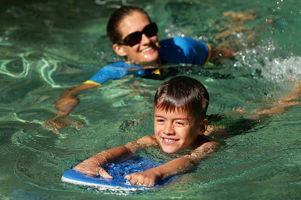 Tanya's Travelling Tadpole Tuition - Swimming lessons in your own pool