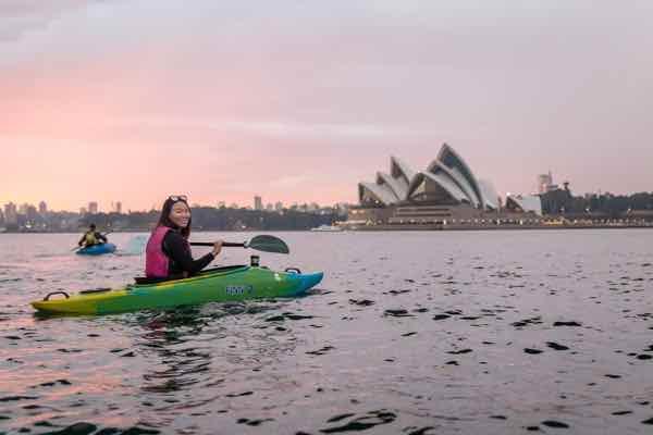 sydney-by-kayak_600x400