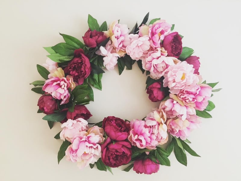 Tiny-peonie-wreath