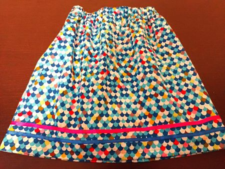 Simple-Skirt-with-trims_opt-1