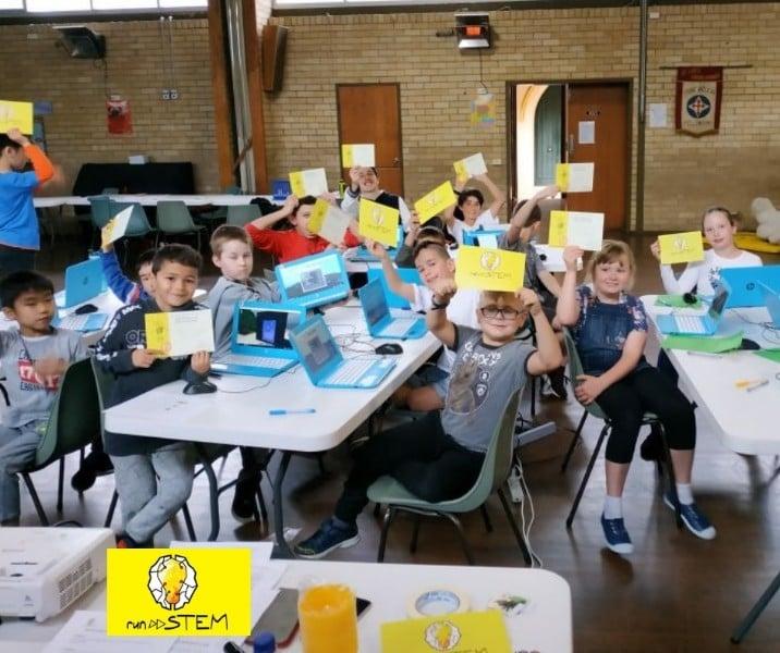 RUNSTEM-School-Holidays-Camps