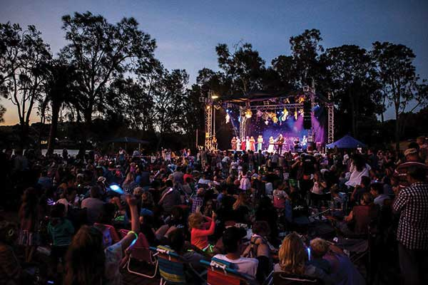 Carols by the Lake, North Narrabeen