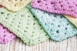 How to crochet 'granny square' blankets!
