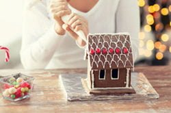 Christmas Traditions! Gingerbread House Decorating Events