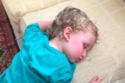 How to help kids sleep on holidays