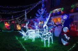 Best streets for North Shore Christmas light displays