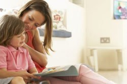 10 Tips to make reading fun for toddlers