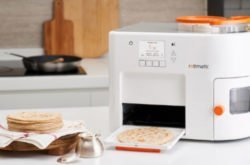 We try the Rotimatic machine for perfect home-made roti