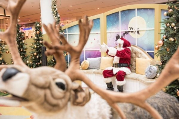 Santa arriving at Chatswood Chase