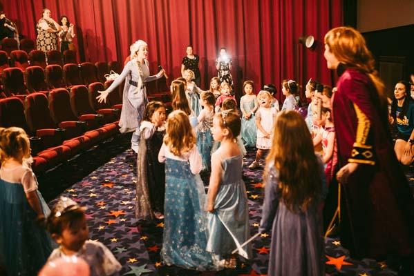 Frozen karaoke Pistachio Entertainment