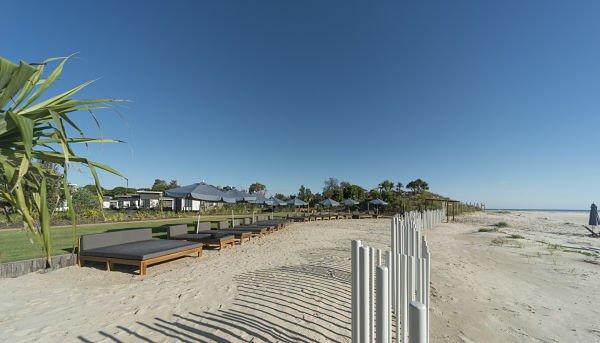 BeachLounge1578371038