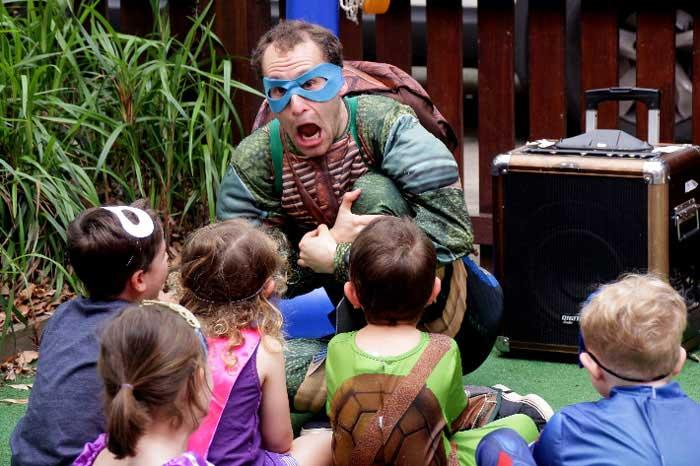 StarDust Kids Ninja Turtle party entertainer