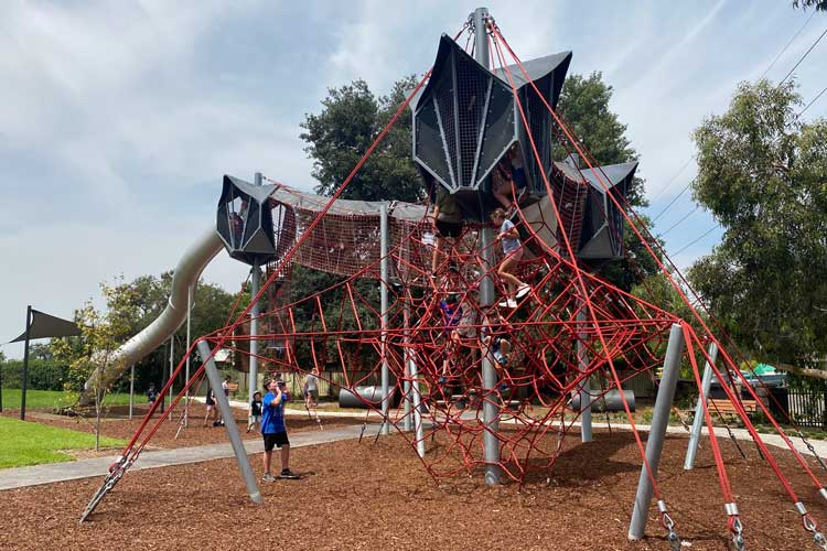 playgrounds on the north shore to host a kid's party