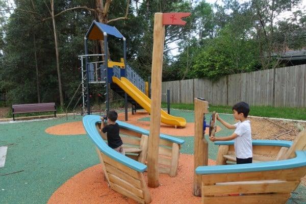 Imaginative play equipment