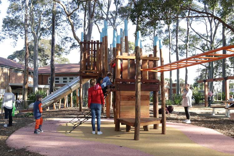 Willoughby Park Playground
