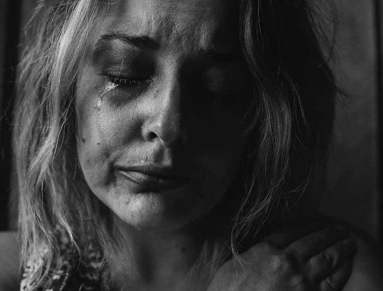 Woman-Crying-121x121