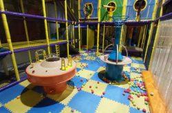 Kids World Ball Battle Zone